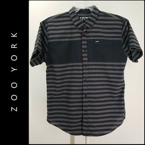 Zoo York Men Short Sleeve Button Front Shirt XL